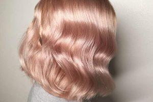 8 factori care contribuie la deteriorarea părului
